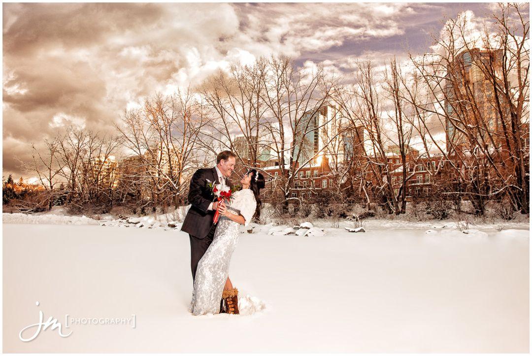 151229_6325-Calgary-Wedding-Photographers-River-Cafe-Princes-Island-Park-JM_Photography