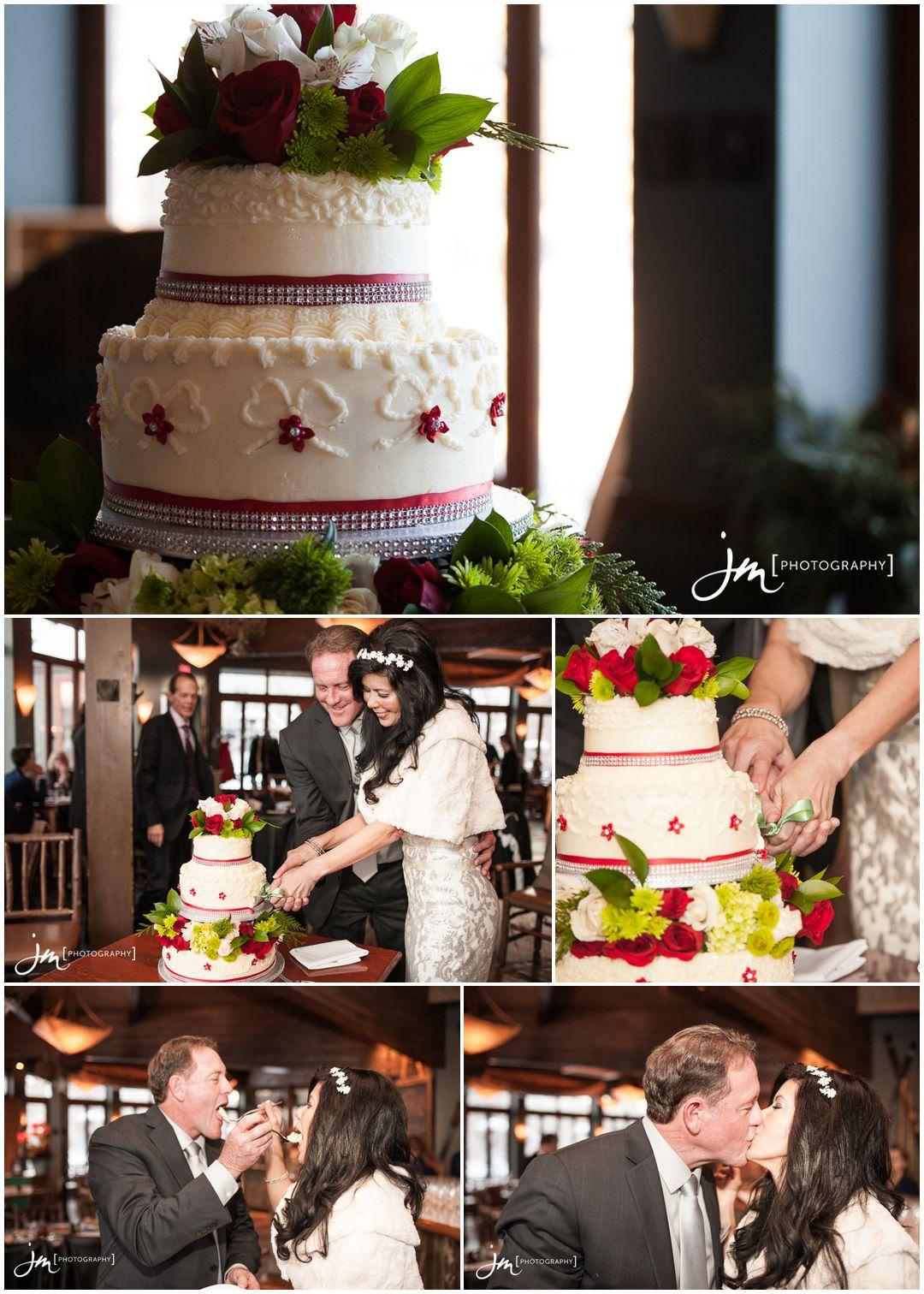 151229_7106-Calgary-Wedding-Photographers-River-Cafe-Princes-Island-Park-JM_Photography