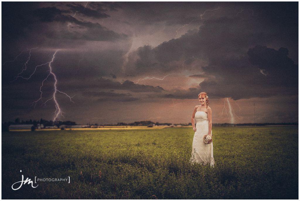 150725_6042-Edmonton-Wedding-Photographers-JM_Photography-Jeremy-Martel-Rollyview