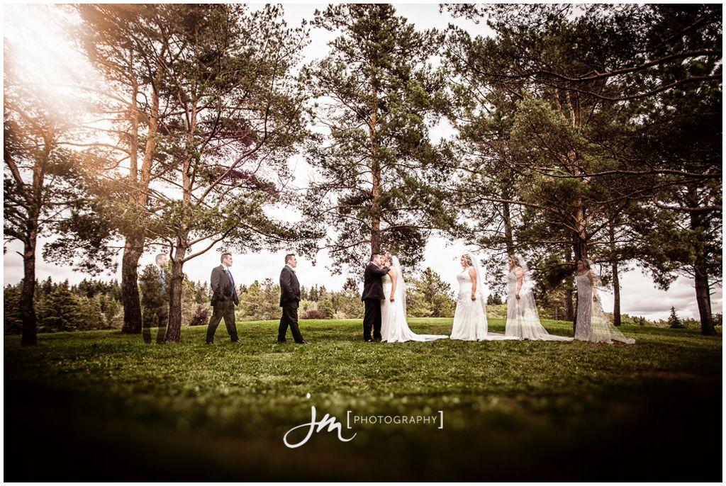 150815_60001-Edmonton-Wedding-Photographers-William-Hawrelak-Park-JM_Photography-Jeremy-Martel