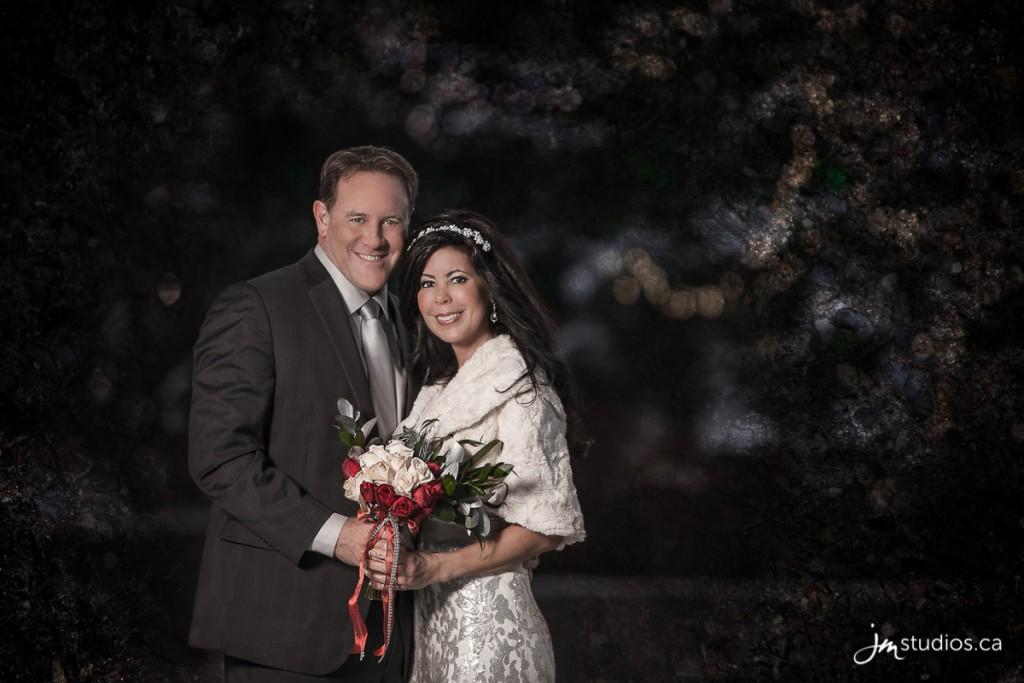 151229_6451-Calgary-Wedding-Photographers-Reviews-River-Cafe-Princes-Island-Park-JM_Photography