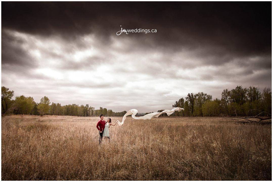 160427_238-Calgary-Engagement-Photographers-Hulls-Wood-Fish-Creek-Park-JM_Photography