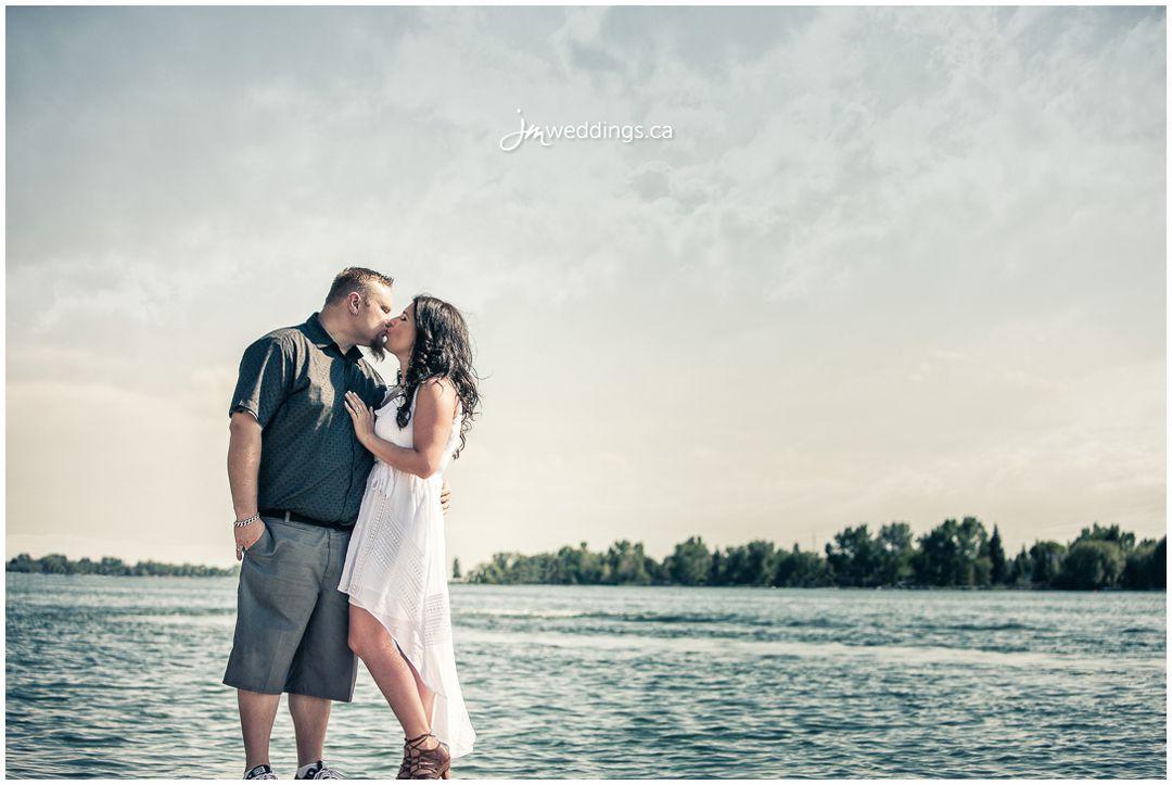 160607_180-Calgary-Engagement-Photographers-Lake-Chestermere-JM_Photography