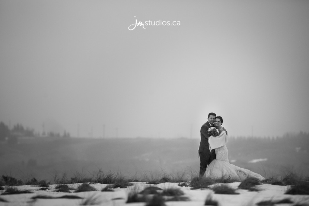 Here is one of our same day black and white edits we did for Taryn and Adam's reception slideshow. Check out our blog for more http://m.jmphotos.ca/Burghardt170218 #JMweddings #JMstudios #JMphotography #CalgaryWeddings #WeddingPhotography #CalgaryBride #EventCoreYYC #therutherburghs