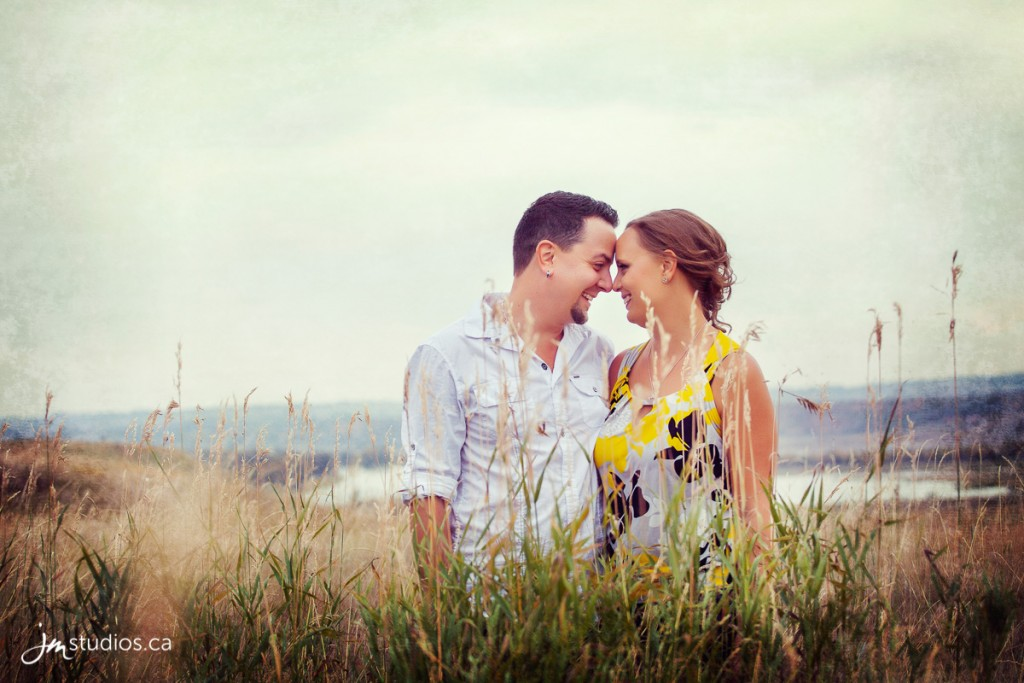 140918_247-Calgary-Engagement-Photographers-Reviews-JM_Photography